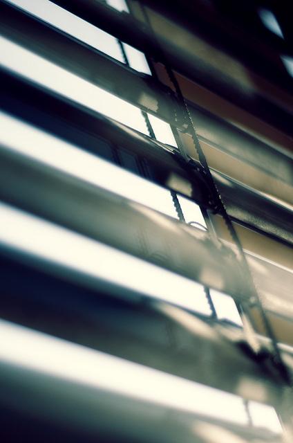 Az ablak redőny fontos szerepet játszik